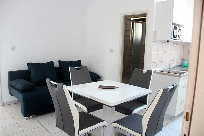 1 Bed family apartment in Srima, holiday rental in Srima