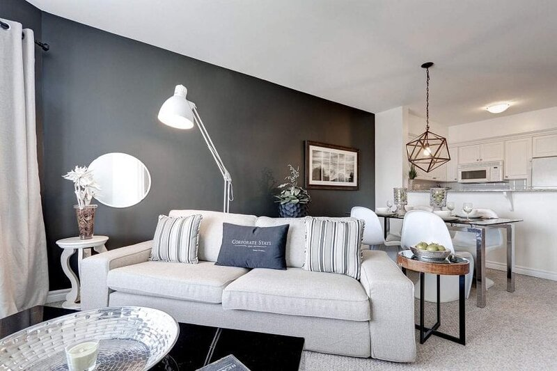 Corporate Stays | 50 Laurier | Sleek 1BR, holiday rental in Overbrook
