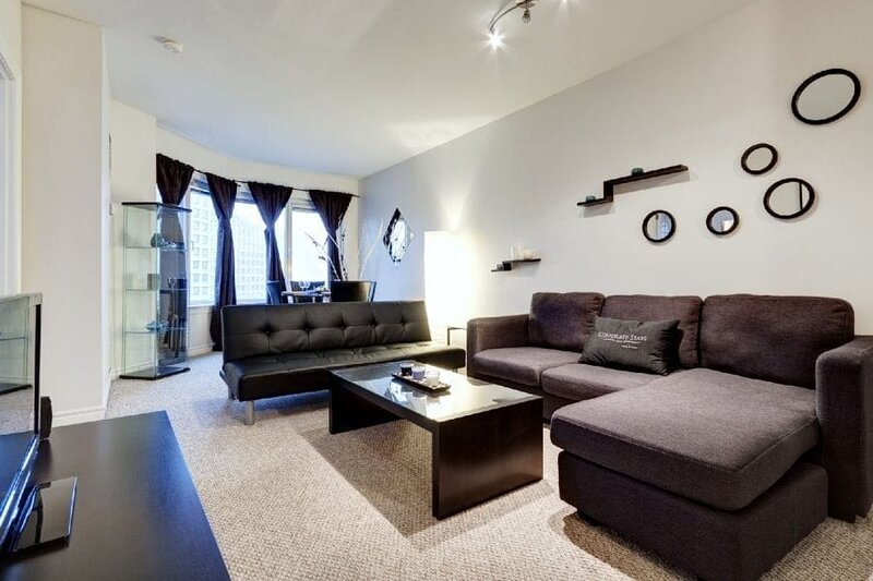 Corporate Stays | 50 Laurier | Stunning 2 BR, holiday rental in Overbrook