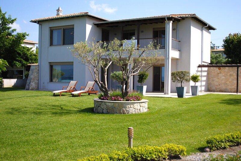 Quintessence Villa Sunrise, vacation rental in Chaniotis