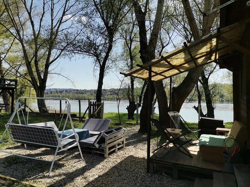 Cute Cottage on Danube, casa vacanza a Ruma