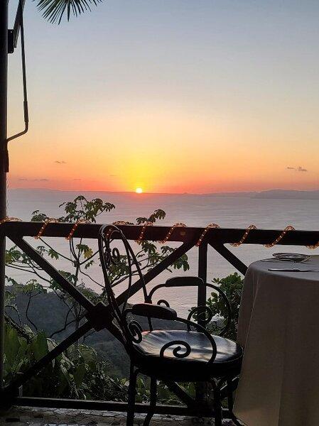 Stunning sunset in Costa Rica