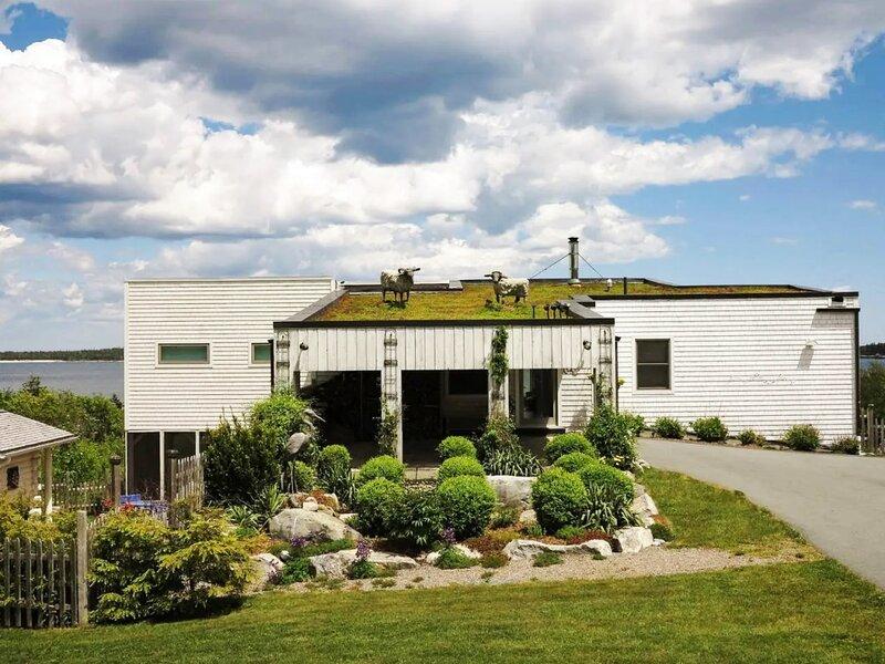 Beach Heaven Holiday House - Modern Beach House on Secluded Beach, alquiler vacacional en Eagle Head