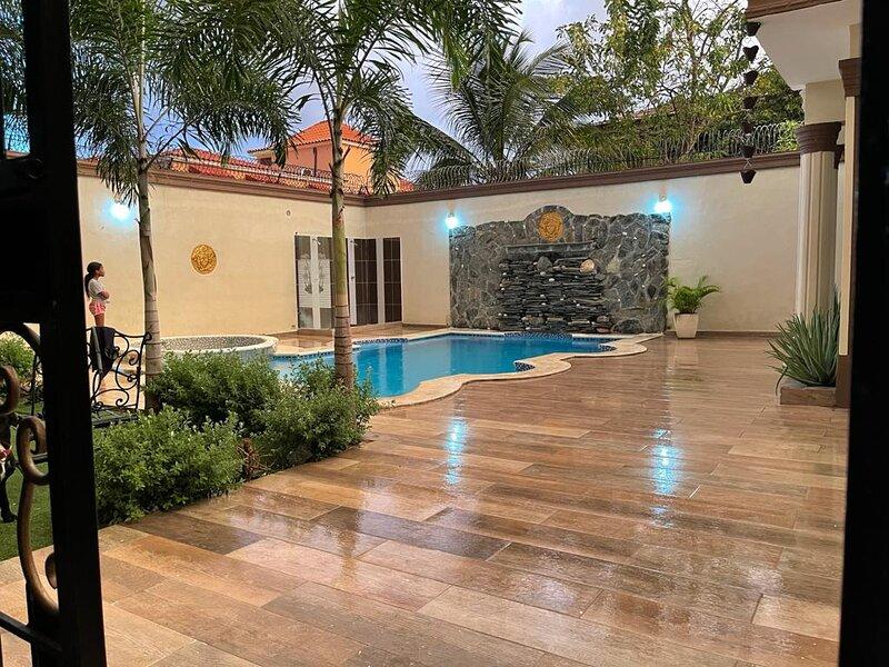 the versace villa, holiday rental in Santo Domingo Este