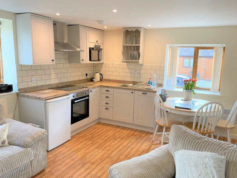 East Barn Cottage, vacation rental in Dorsington