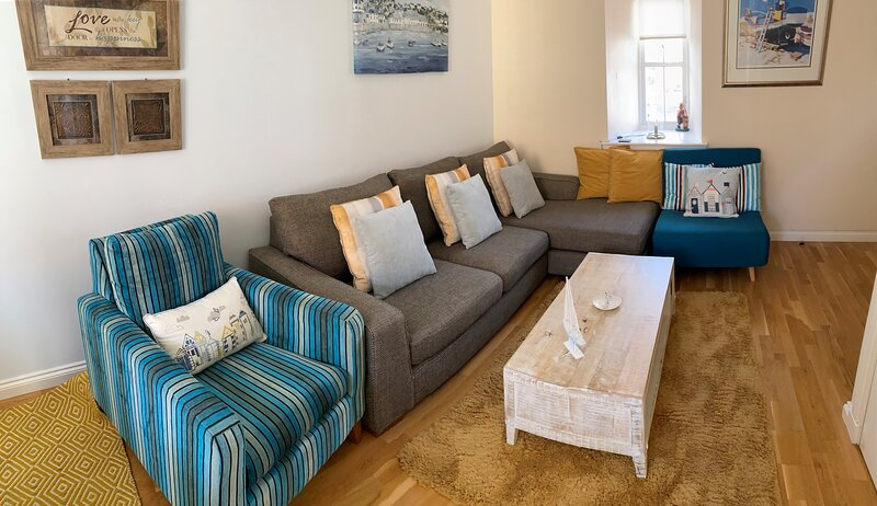 Anchor Cottage - private parking, sleeps 5+, holiday rental in Anstruther