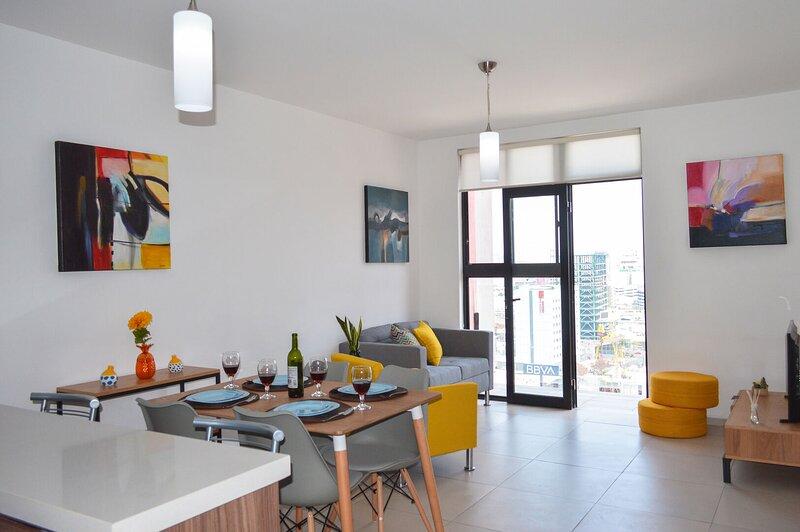 Completamente equipado y con gran ubicación en Monterrey, rápido acceso a San Pe, holiday rental in Monterrey