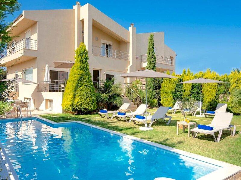Villa Alba - Spacious villa close to Gouves Beach, vacation rental in Epano Gouves