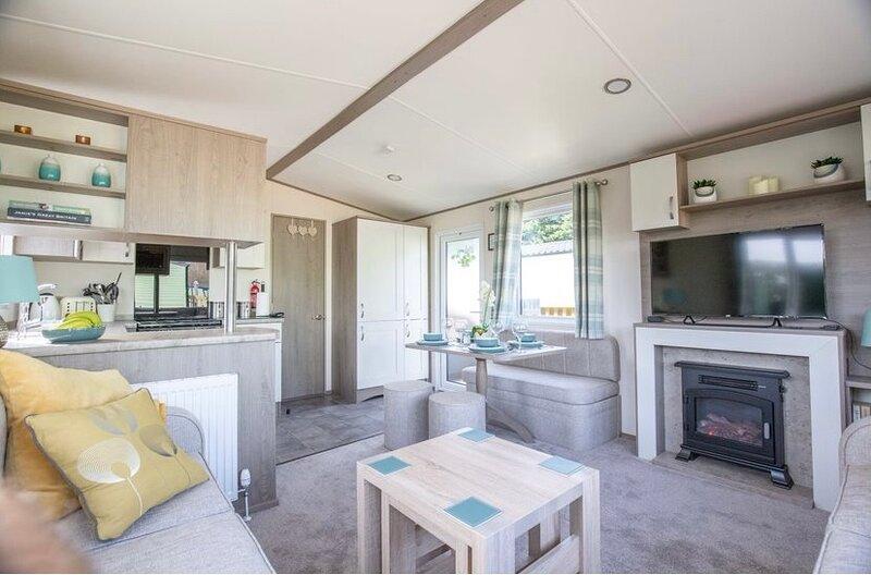 Pepper Pot Lodge, Lido Leisure Park, Knaresborough, holiday rental in Follifoot