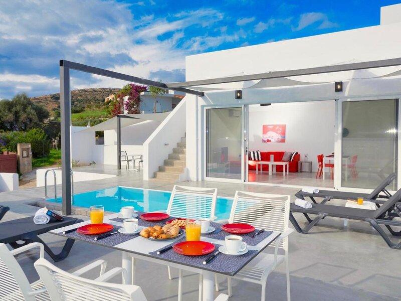 Villa Paradiso Iii - Beautiful Villa with mountain view, holiday rental in Xirokampos