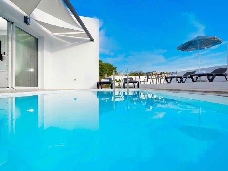 Villa Paradiso Iv - Beautiful Villa located in Agia Pelagia, holiday rental in Xirokampos