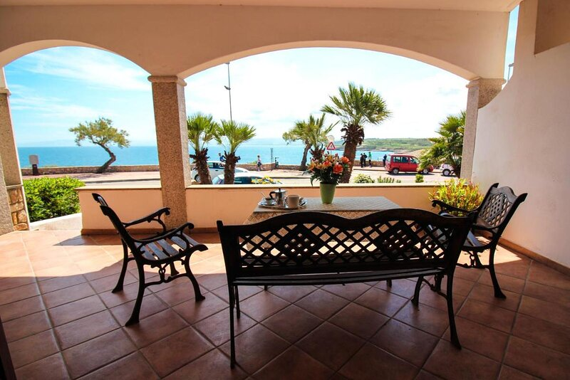 L Ancora Blu apartment, location de vacances à Platamona