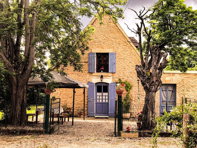 The Cottage at Les Chouettes, Dordogne, location de vacances à Trémolat