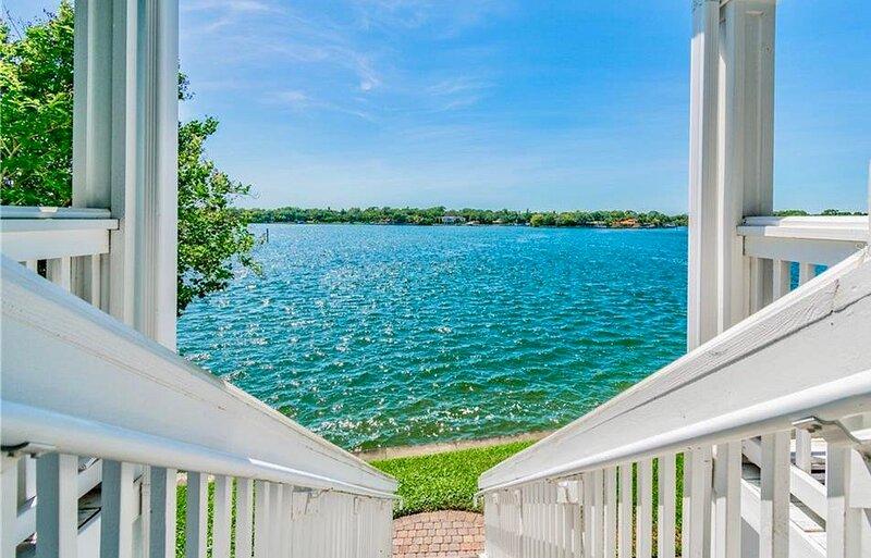 Panoramic Ocean Views 2, holiday rental in St. Petersburg