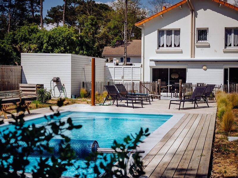 Profitez de cette villa familiale avec piscine privée et wifi., holiday rental in Jard-sur-Mer