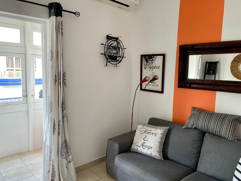 Centrally located Sliema apartment, vakantiewoning in Sliema