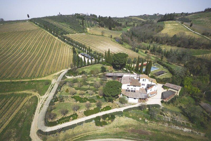 Villa Chianti Luxury - Luxury villa with pool amongst the Chianti hills, near Fl, holiday rental in Calcinaia