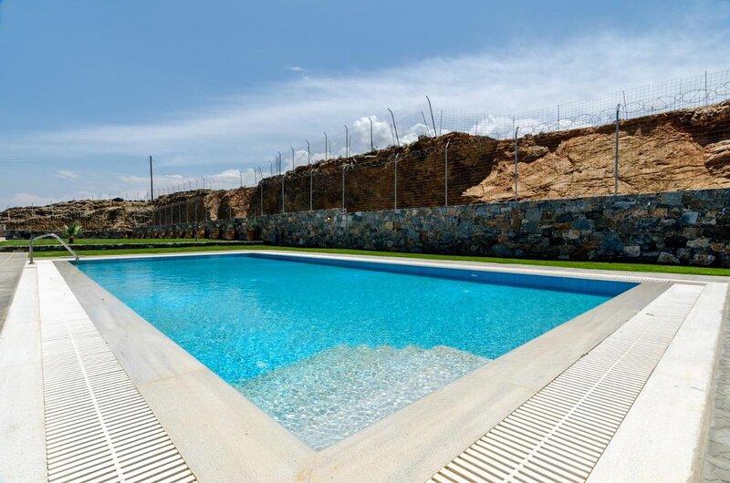Horizon Med Villa Sea View, holiday rental in Nea Alikarnassos