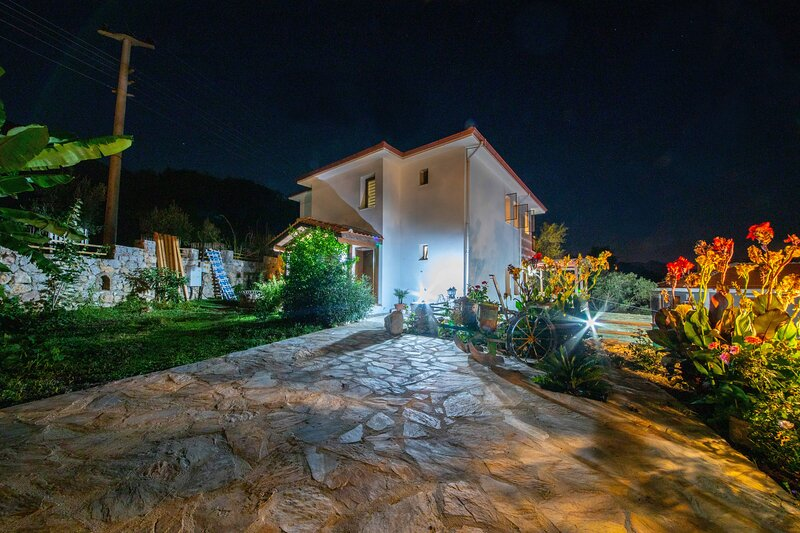 Jasmin Villa Without Pool Daily Weekly Rentals, holiday rental in Sogut