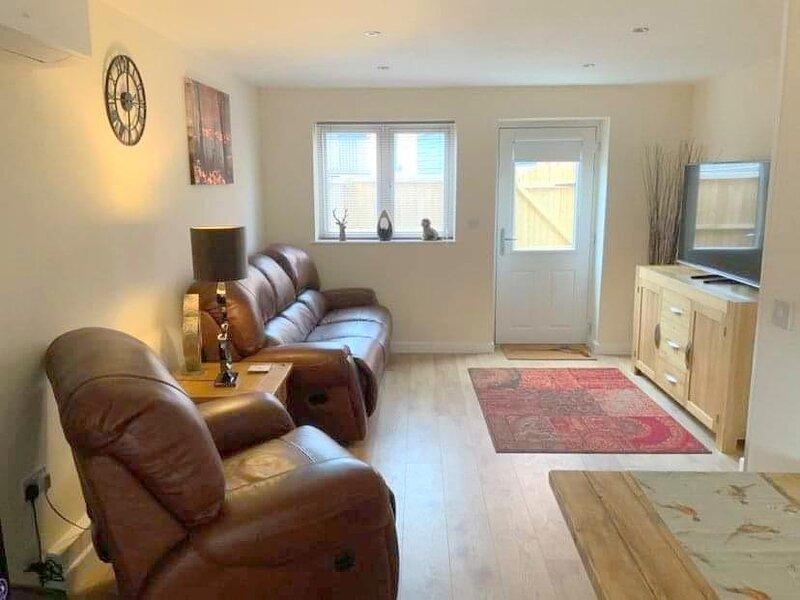 Charming 3 bed, pet friendly cottage, near the Tissington Trail in Ashbourne, alquiler de vacaciones en Clifton