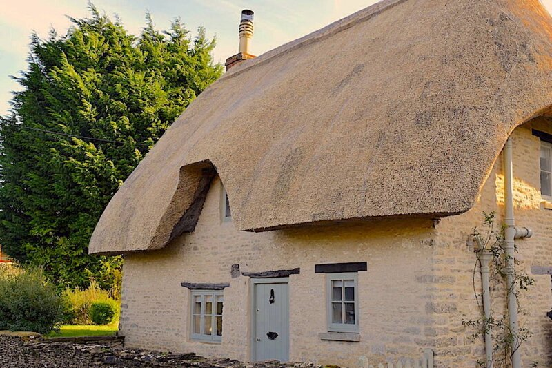 Thatch Cottage, vacation rental in Kemble