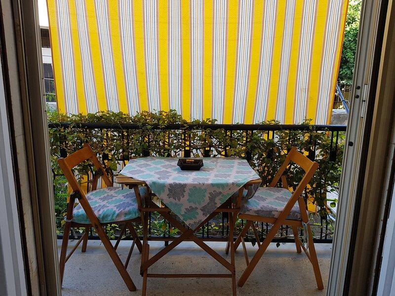 Appartamento vicino Teatro Greco, holiday rental in Casale Modica