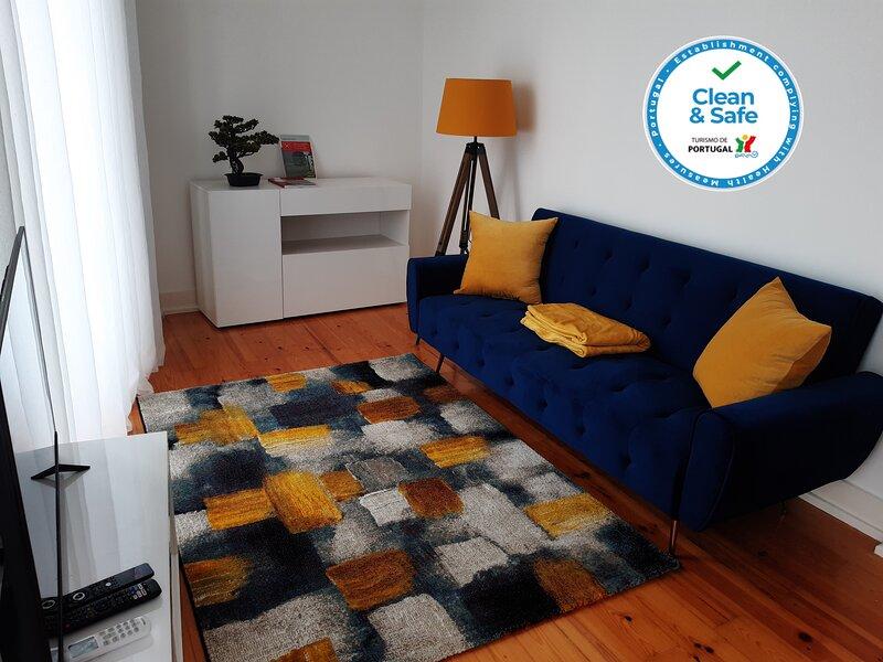 Sintra Lux Home: Apartamento com localização privilegiada em Sintra, holiday rental in Terrugem