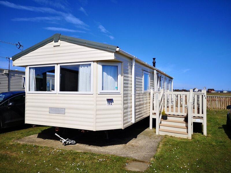 Skipsea Sands Caravan Hire, holiday rental in Barmston