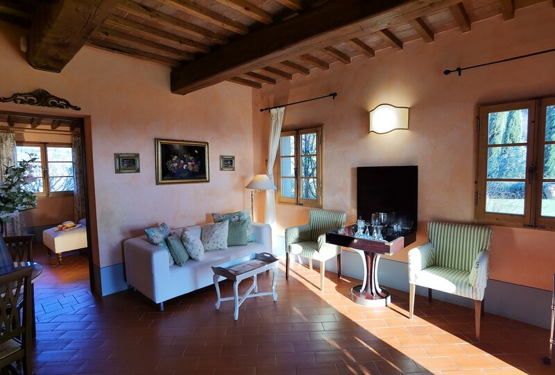 Beautiful 1-Bed House in Certaldo, holiday rental in Gorgognano