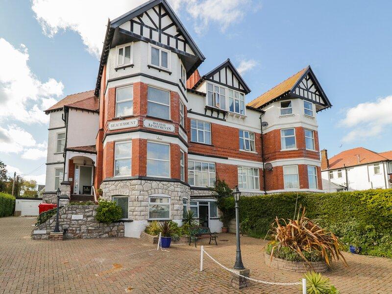 Garden Apartment No1, Rhos-On-Sea, location de vacances à Penrhyn Bay
