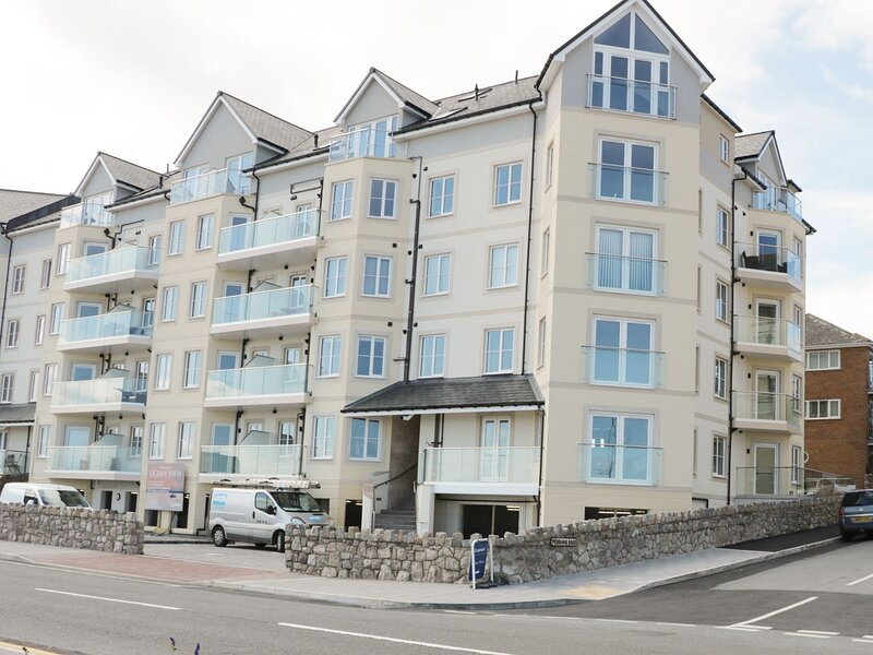 Ocean View Apartment, Rhos-On-Sea, casa vacanza a Colwyn Bay