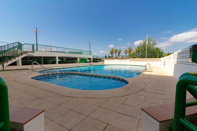 Elegante apartamento en Playa de Gandía, holiday rental in Grau i Platja
