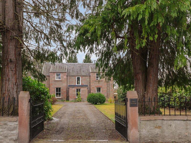 Old Manse, Muir Of Ord, vacation rental in Cononbridge