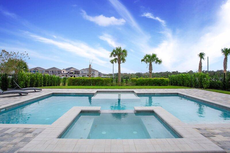 Encore Resort 11 Bedroom Vacation Home with Pool (2106), aluguéis de temporada em Reunião