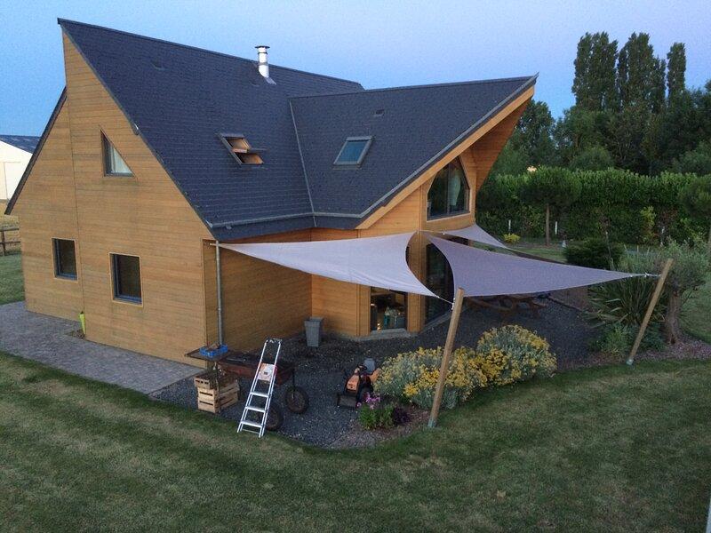 Maisons de vacances Les Pins NOIRS 10 personnes avec Bain Nordique, holiday rental in Ernes