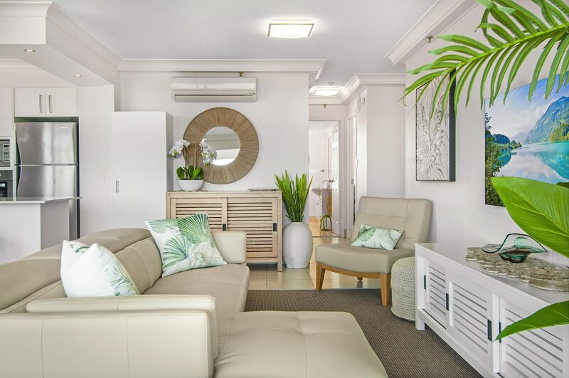 Glamorous Unit with Pools, Balcony and Ocean Vistas, holiday rental in Miami