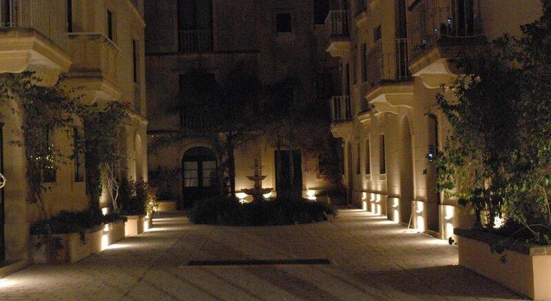 Luxury Apartment with shared solarium, casa vacanza a Xewkija