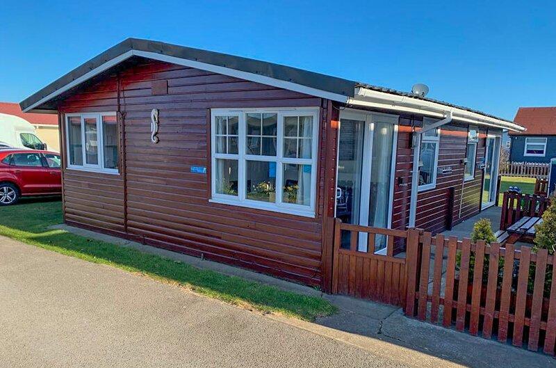 Pippins Retreat Chalet 86A 2 Bedrooms 1 Bathroom sleeps 4. Dog friendly, holiday rental in Bridlington