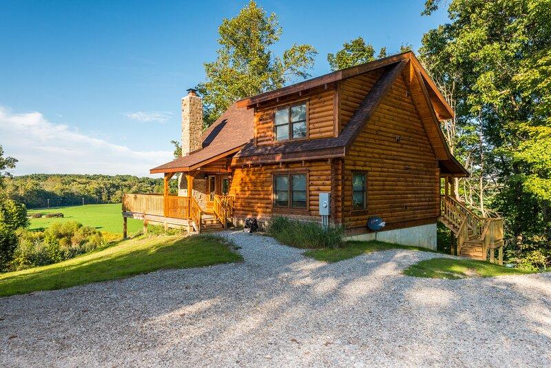 The Orchard Log Cabin, location de vacances à Nashville