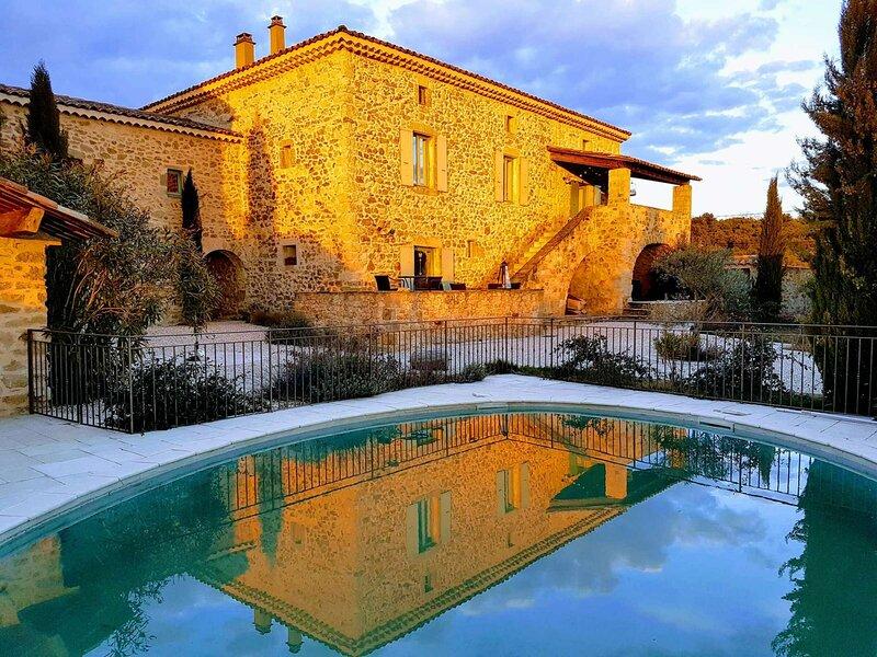MAS ARDECHOIS AVEC PISCINE PRIVEE, vacation rental in Vagnas