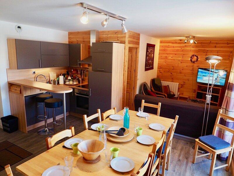 très bel appart 8 pers idéal 2 familles classé 3***, holiday rental in Valfrejus