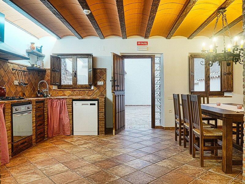 Casa Rural El Tranco Del Lobo, alquiler vacacional en Casas de Ves