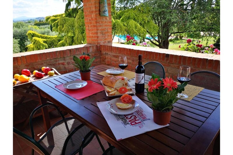 Girasole, holiday rental in Vaiano