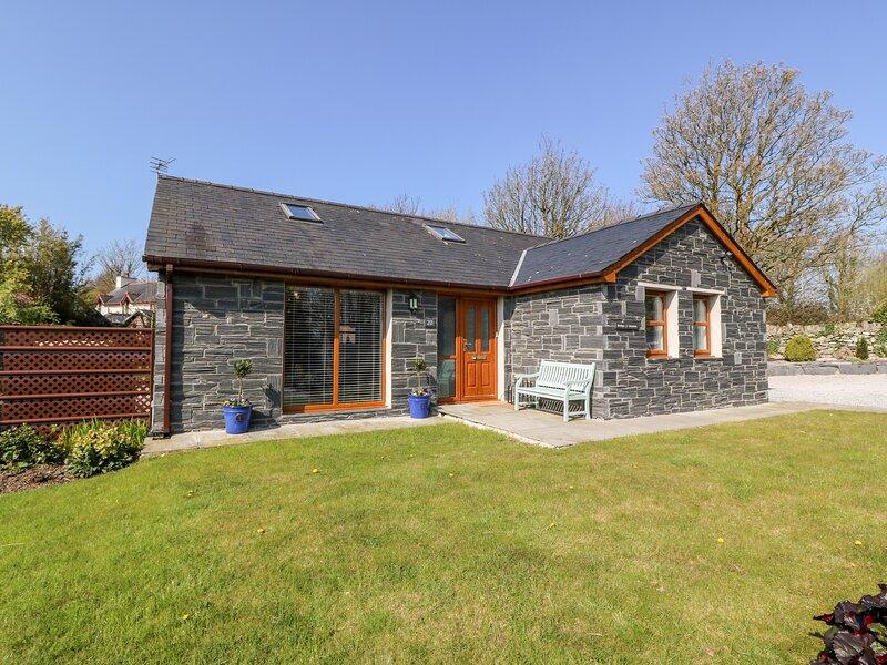 Bwthyn Y Gwynion, Gaerwen, holiday rental in Gaerwen