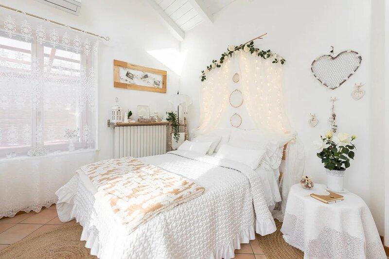 Romantico villino con giardino e idromassaggio privati a 50m dal lago., holiday rental in Ossuccio