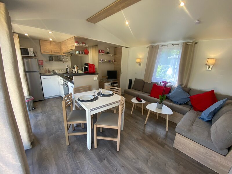 Loue Mobil Home Camping 4* 6pers 3ch 2 sb Pont Aven, holiday rental in Pont-Aven