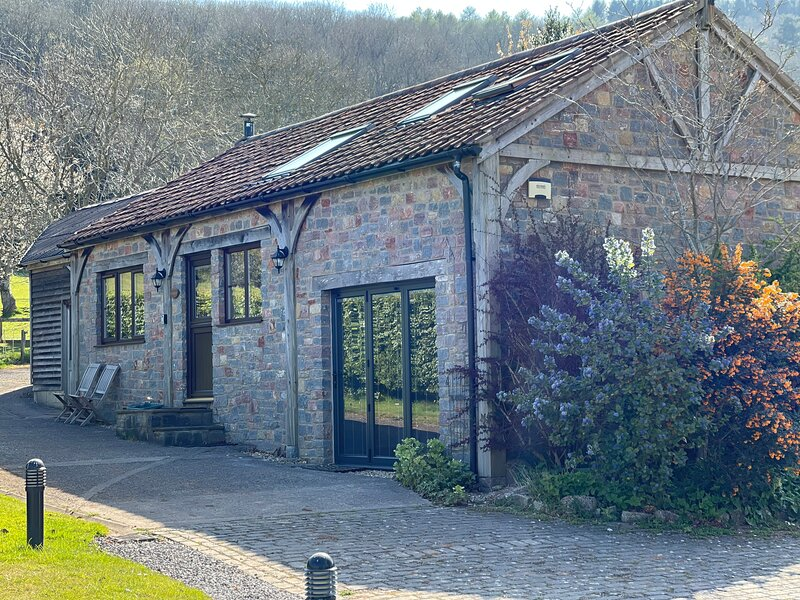 Anneth Lowen Holiday Cottage, Upper Langford, Langford, Nr Churchill, Somerset, holiday rental in Churchill
