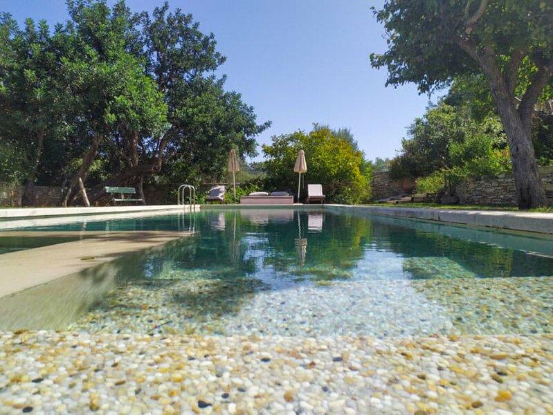Villa Aroma - Laurus Apartment & Pool!, location de vacances à Gavalohori