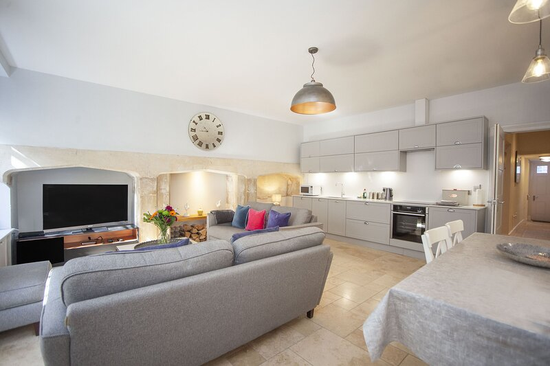 Green Park Garden Apartment, holiday rental in Dunkerton