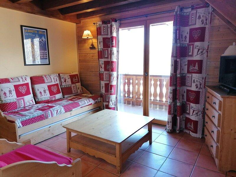 Très agréable duplex avec belle vue sur les montagnes, Pra Loup, holiday rental in Uvernet-Fours